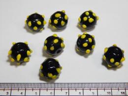 Black Beads 09